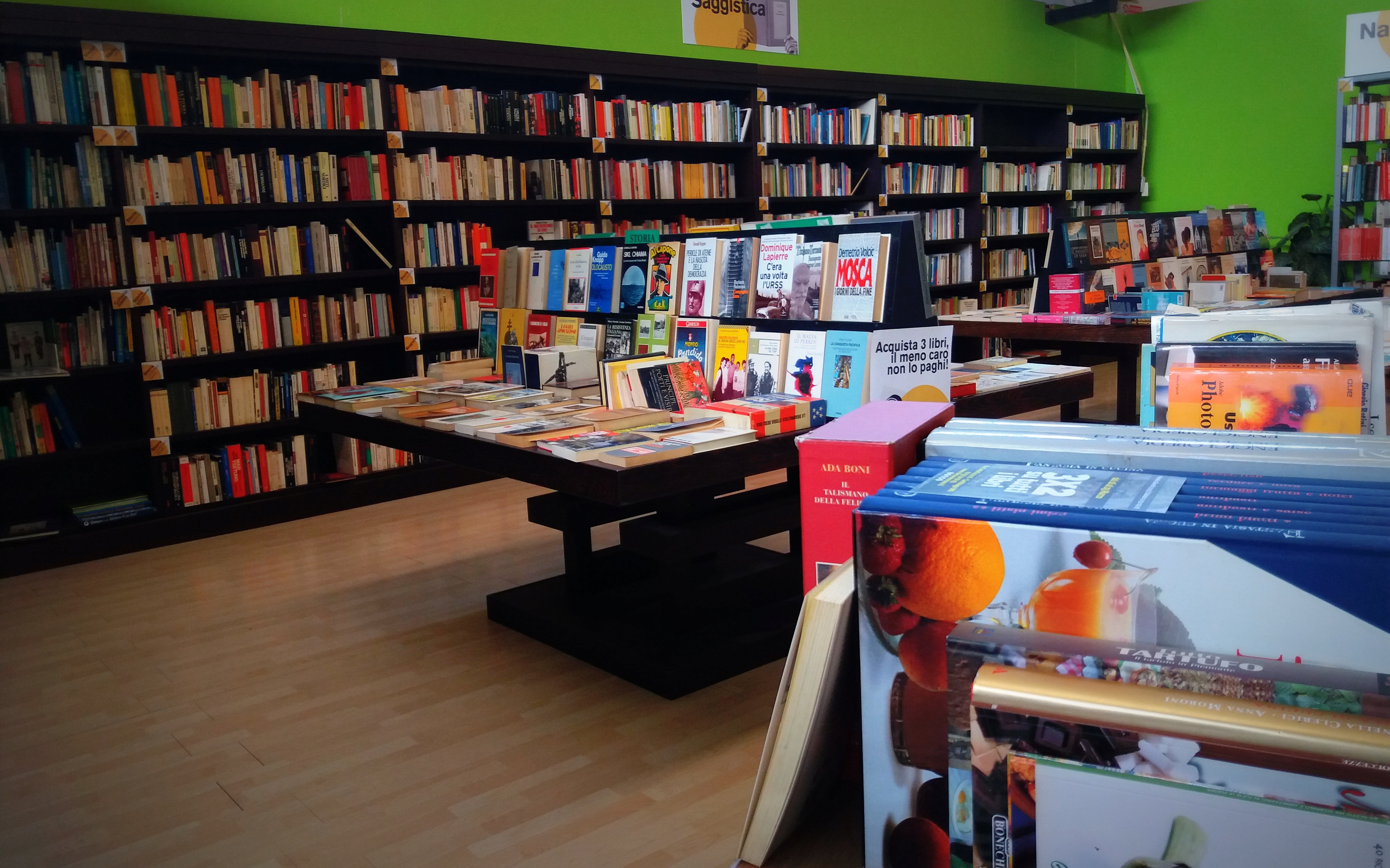 Libri usati nel negozio di Cambiago