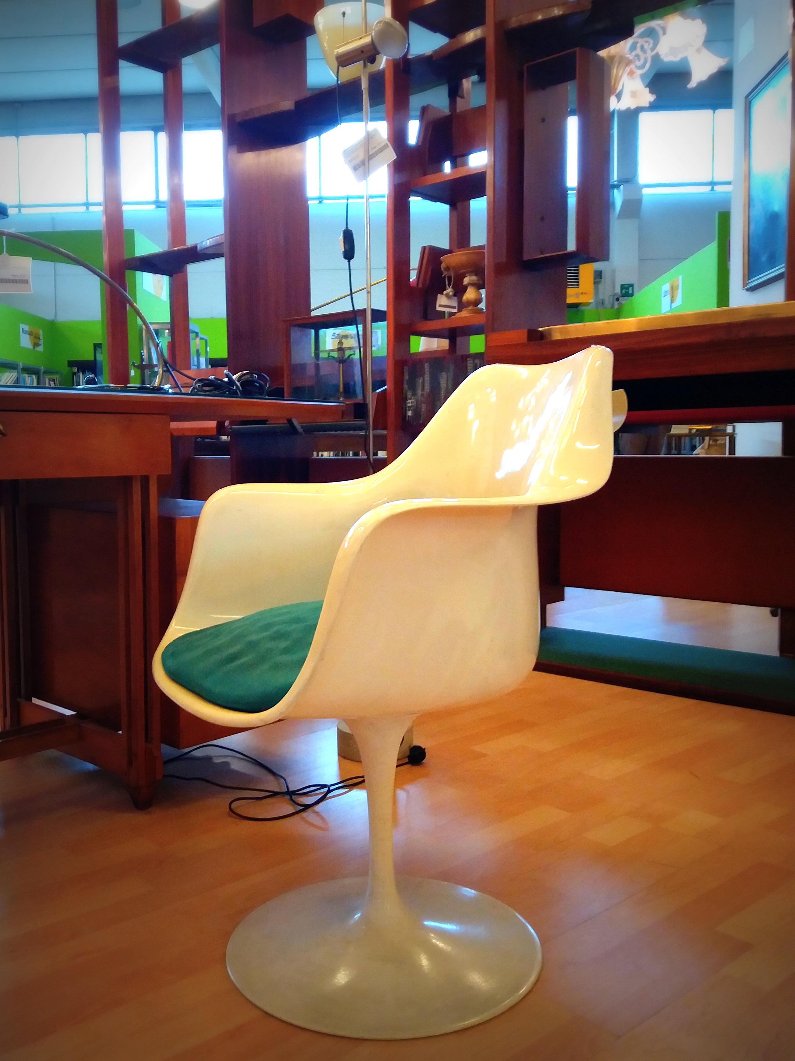 Alle origini del Salone del Mobile: poltrona Tulip