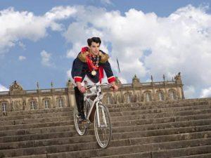 Ludwig II in bicicletta