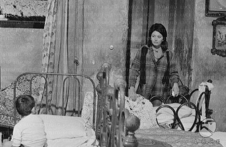 """Culla nel film """"Ieri, Oggi, Domani"""", 1963"""